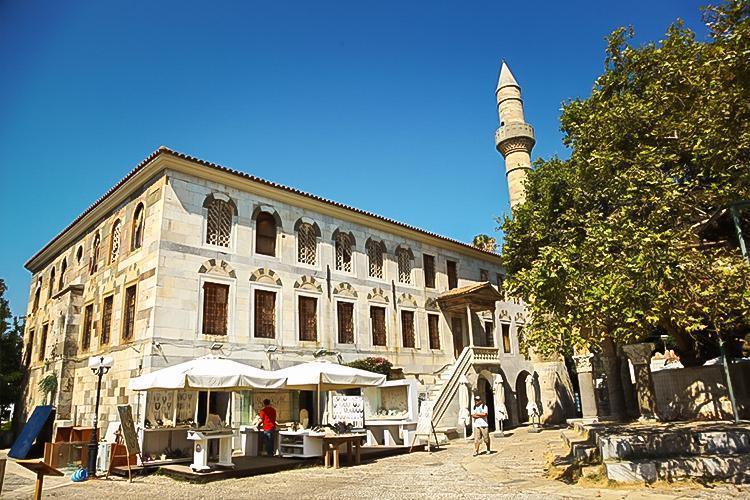 Algerian Gazi Hasan Pasha (Lonca) Mosque